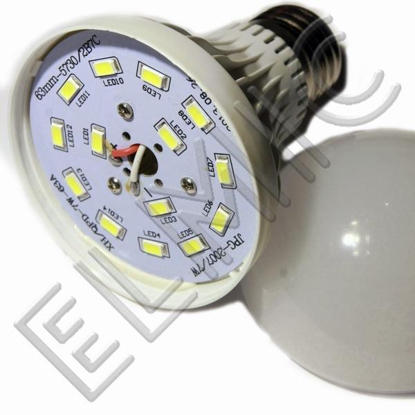 Żarówka LED XH6043 ELMIC 7W E27 - szczegóły budowy żarówki